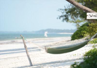 breezes-hammock-1