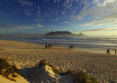 cape-town-beach-table-mountain