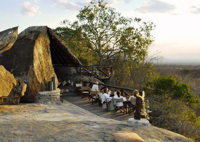 maweninga-camp-rock-view