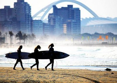 south-africa-durban-surfing