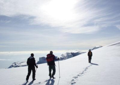 tanzania-mount-kilimanjaro-climbing-snow