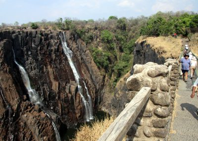 vic-falls-hike-trail